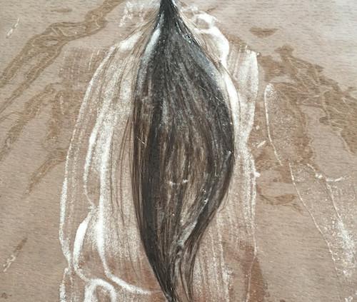 カラーリムーバーを塗布した毛束