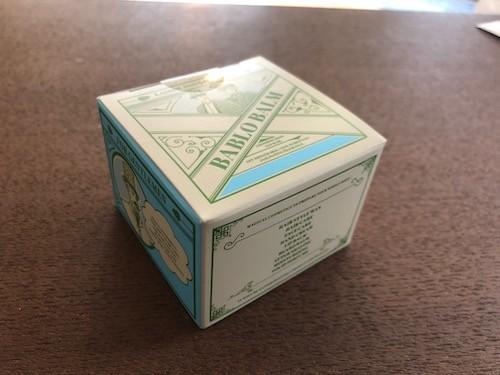 バブロバームの外箱